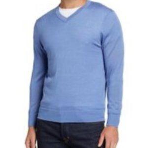 Tahari   100% Merino wool V-neck pullover